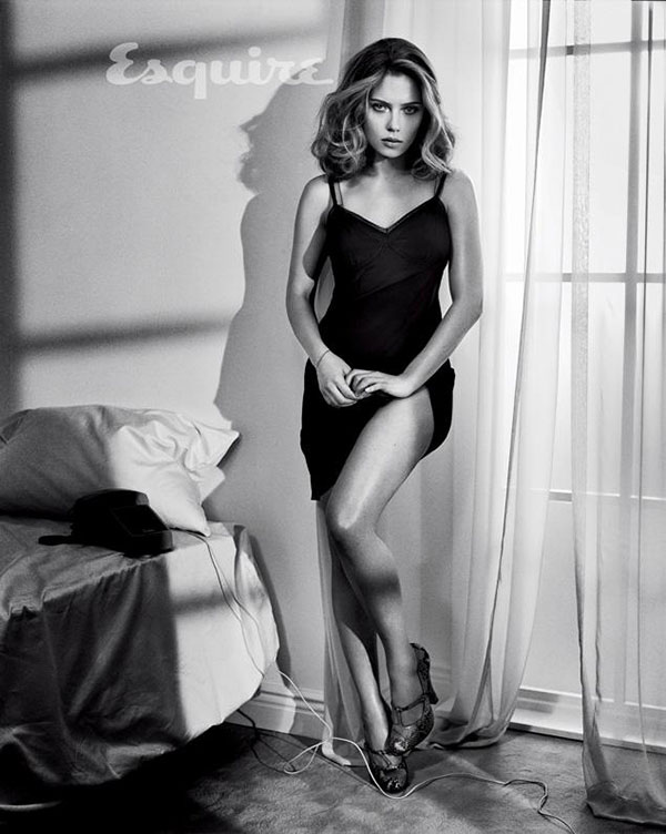 Scarlett-Johansson_2013_1